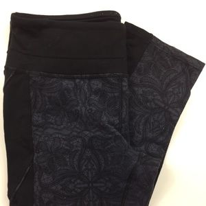 Athleta Gray Geometric Nylon/Lycra Yoga Pants FB13